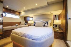 elandra-53-master-bedroom 500x333